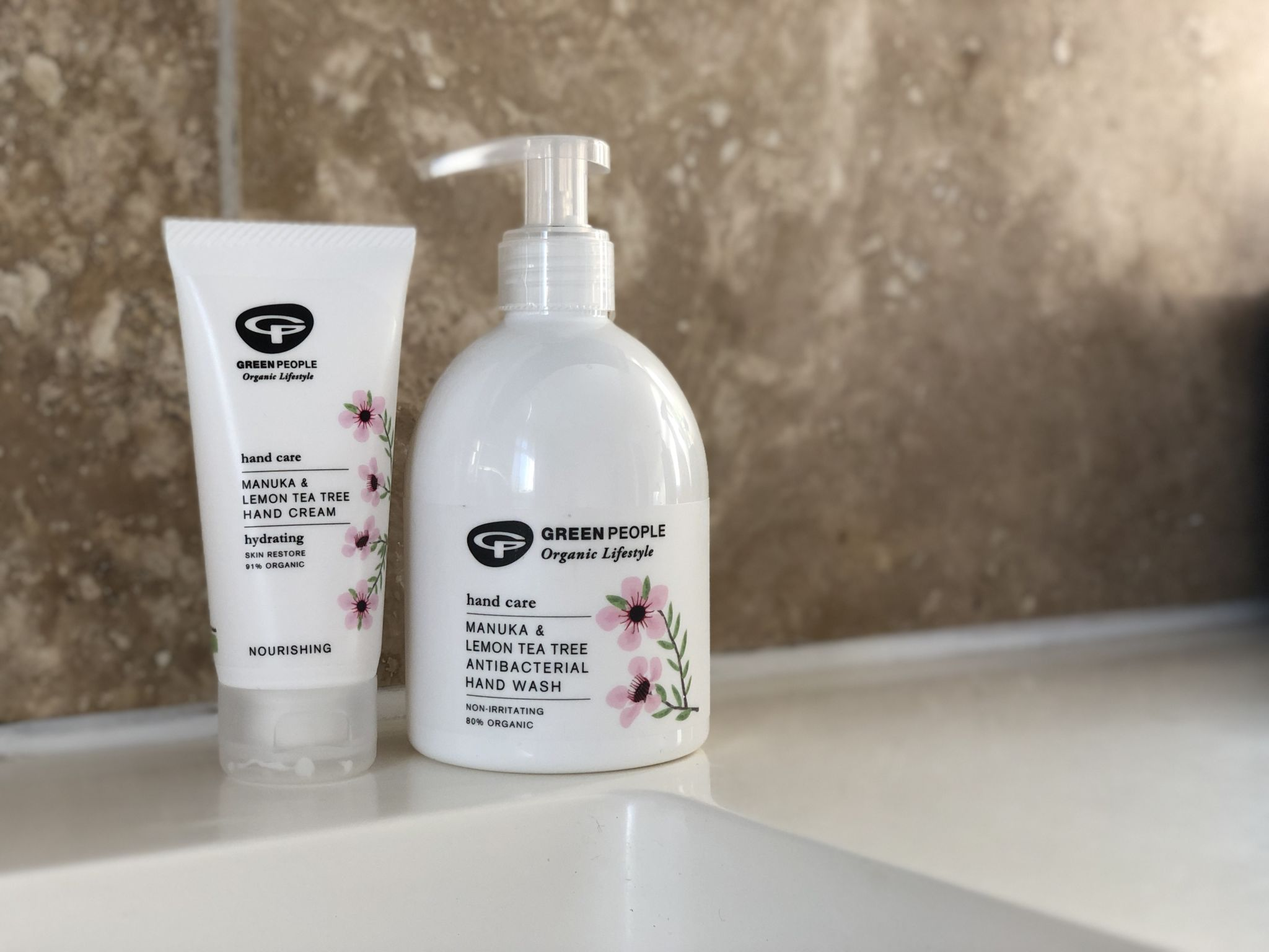 THE WINTER HAND CARE CHALLENGE WITH GREEN PEOPLE